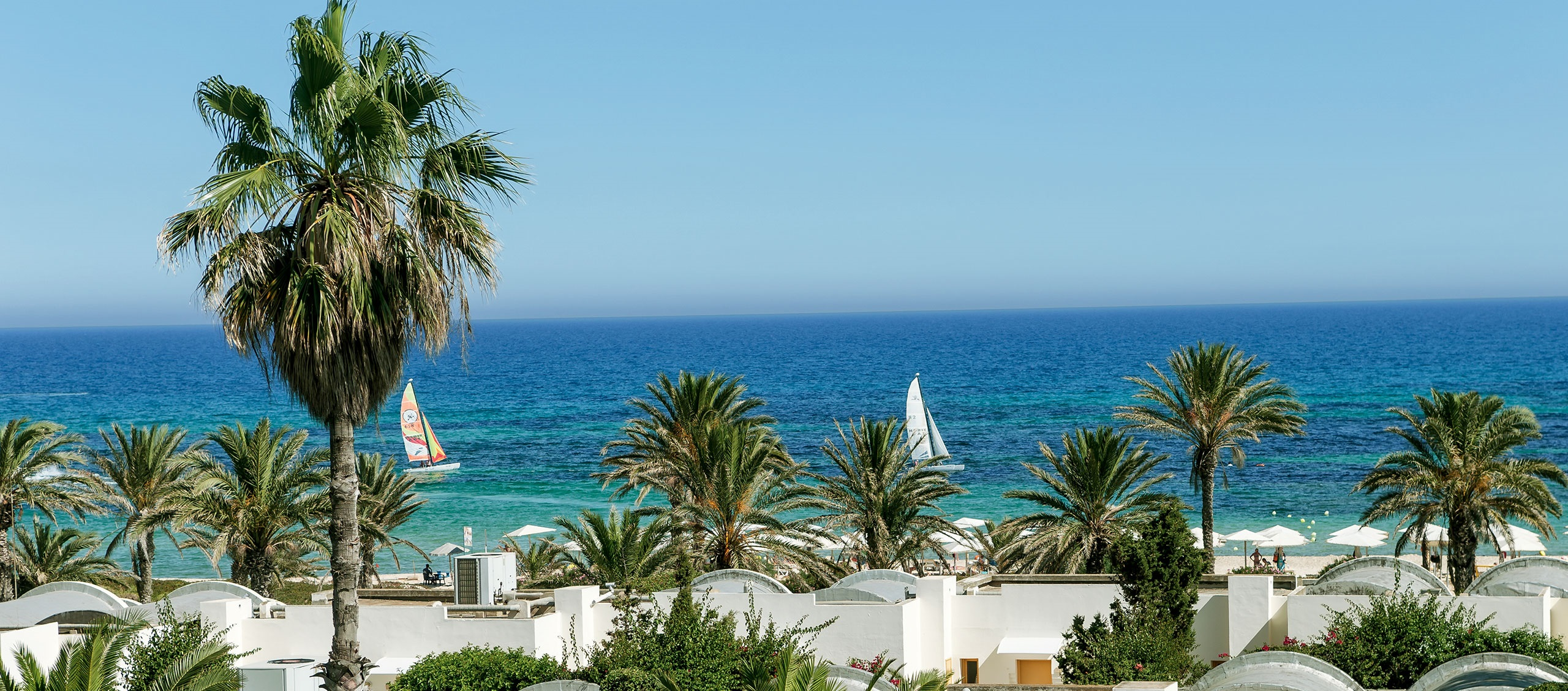 Delfino Beach Resort & Spa 4 *